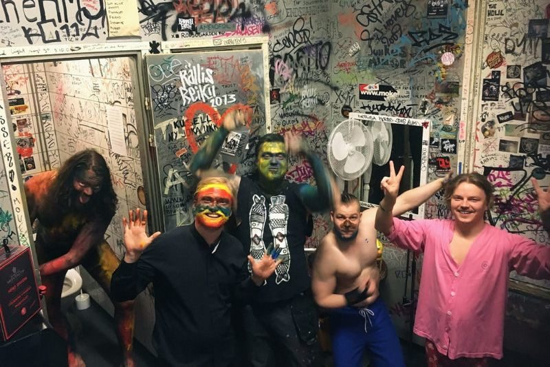 sydansydanpromo_backstage_photobyvilleliukkonen-1-800x600-2-3